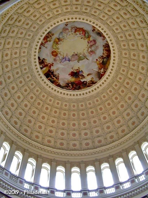 capital-rotunda-ceiling-vertical-philadel-us
